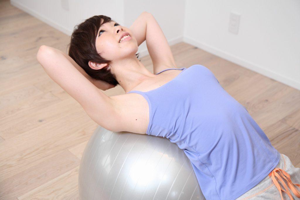 サボり屋さん必見!毎日10分で体形を引き締める初心者向け筋肉トレーニングで女子力UP