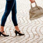 立ち仕事の女性必見!むくんだ象足をほっそり美脚に改善する方法で女子力UP