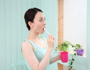 乾燥する冬場は口臭に要注意!指摘されたらもう遅い!事前の口臭予防&対策で女子力アップ
